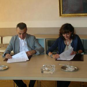 Siglata convenzione tra Comune Aosta e Inail per anagrafe comunale