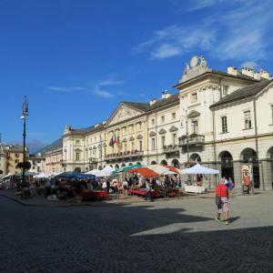 """Il 4 settembre la mostra-mercato """"Le Grenier en Place"""""""